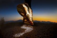 Chaussure de sport. Fonctionnement de pied Images stock