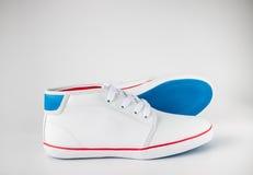 Chaussure en cuir blanche Photographie stock libre de droits