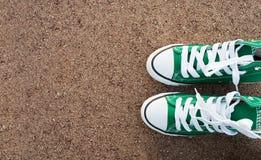 Chaussure et asphalte Photos stock