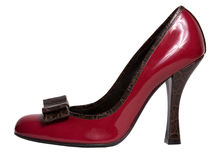 Chaussure rouge sur le haut talon Images stock