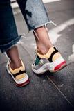 Chaussures à la mode dans extérieur Photographie stock libre de droits