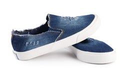 Chaussures élégantes de sport de femmes d'isolement Photographie stock libre de droits