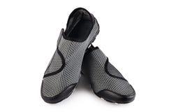 Chaussures élégantes noires de sport de femmes d'isolement Photos libres de droits