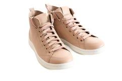 Chaussures beiges de femmes d'isolement sur le fond blanc Footwea de mode Image libre de droits
