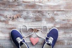 Chaussures bleues de sport Photos stock