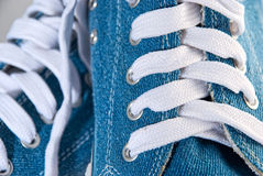 Chaussures bleues de sports Photo stock