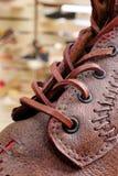 Chaussures brunes élégantes photographie stock