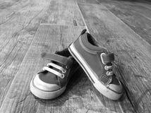 Chaussures d'enfant en bas âge Photo libre de droits
