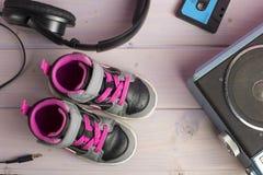 Chaussures d'espadrilles de petit enfant Photographie stock libre de droits