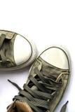 Chaussures d'espadrilles sur le fond blanc Photo stock