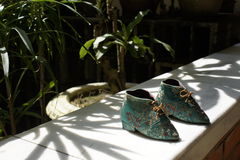 Chaussures de bébé de Peranakan Images stock