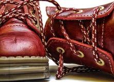 Chaussures de bébé rouges Photos stock