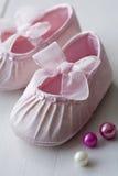 chaussures de bébés images stock