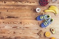 Chaussures de course sur le plancher Photo libre de droits