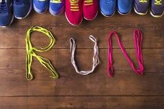 Chaussures de course sur le plancher Image libre de droits