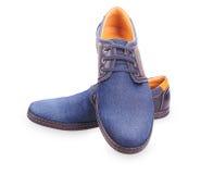 Chaussures de denim du ` s d'hommes Photographie stock