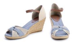 Chaussures de l'été des femmes d'isolement Photos libres de droits