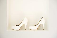 Chaussures de mariée Photos libres de droits