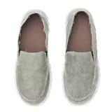 Chaussures de paires d'isolement sur le fond blanc image libre de droits