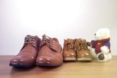 Chaussures de parent et d'enfant Image libre de droits
