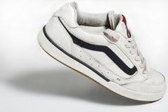 Chaussures de rue dans la promenade Images libres de droits
