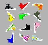 Chaussures de sports pendant des années de l'adolescence illustration stock