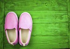 Chaussures de textile dans un style de sports photographie stock