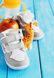 Chaussures des sports en plein air des enfants Photo libre de droits