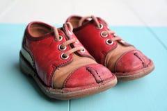 Chaussures du ` s d'enfants des années '80 Image libre de droits