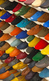Chaussures en cuir colorées Photographie stock libre de droits