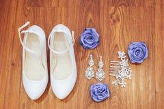 chaussures et accessoires de demoiselle d'honneur Photo libre de droits