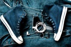 Chaussures et instruments de denim Images libres de droits
