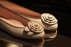 Chaussures femelles Photo libre de droits
