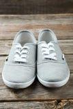 Chaussures grises Photographie stock libre de droits