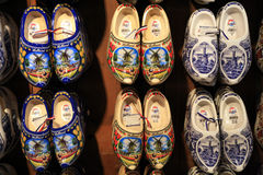 Chaussures hollandaises traditionnelles Images stock