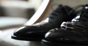Chaussures noires d'elegand banque de vidéos