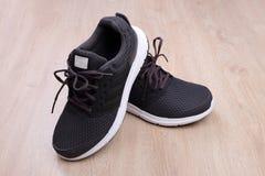 Chaussures noires de sport Photo stock