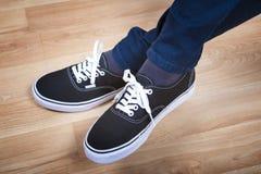 Chaussures noires de sports Photo stock