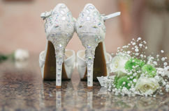 Chaussures nuptiales roses Photos libres de droits