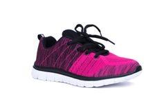 Chaussures roses et noires de femme de sport d'isolement sur le fond blanc Photo stock
