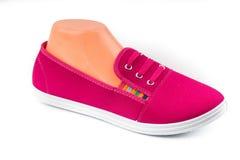 Chaussures rouges bon marché de sport Images stock