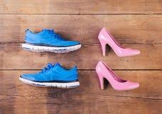 Chaussures sur le plancher Photos stock