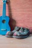 Chaussures sur un en bois Image libre de droits