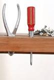 Chave de fenda e parafusos armazenados Foto de Stock