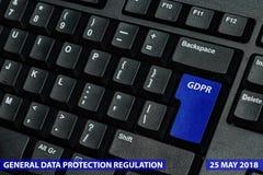 Chave de teclado azul com texto GDPR como o símbolo para a privacidade e o Gener Imagens de Stock