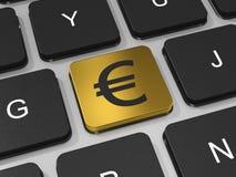 Chave do EURO do ouro no teclado do laptop. Fotografia de Stock