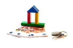 Chave do investimento do dinheiro da casa Foto de Stock Royalty Free