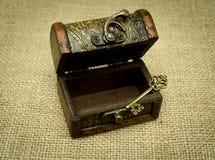 Chave e caixa Foto de Stock Royalty Free