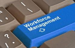 Chave para a gestão da mão de obra foto de stock royalty free