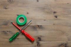 Chaves de fenda coloridas com fita adesiva Fotografia de Stock Royalty Free